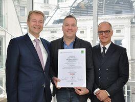 Andreas Wenth mit der ersten KMU Digital Zertifizierung